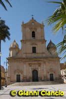 Basilica di S.Giovanni Battista  - Vittoria (2872 clic)