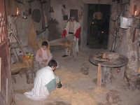Presepe vivente 2005 la tessitura della paglia CALTAGIRONE Elisabetta Ciancio