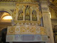 La basilica di S.Giovanni L'organo a canne  - Vittoria (2516 clic)