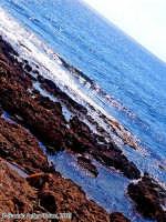 La frontiera (2o scatto)<font color=#ffffff>roccia mare lava estate sud</font>  - Isola delle correnti (1763 clic)