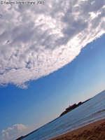 Punto Sud!<font color=#ffffff>cielo sole nuvole mare</font>  - Isola delle correnti (2306 clic)