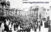 Regalbuto - Piazza del Re - Inizio 1900  - Regalbuto (11152 clic)