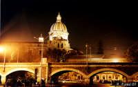 Catania by Night-Cupola Badia di S. Agata e Archi della Marina  - Catania (6033 clic)