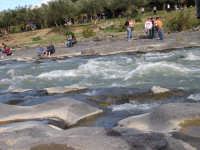 scampagnata sul  fiume simeto , presso il Ponte dei Saraceni  - Adrano (11984 clic)