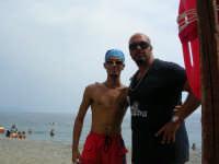 da sinistra : Andrea Calderone e Mario Bilardo  rispettivamente collaboratore e titolare del Sun beach  - Patti marina (5090 clic)