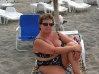 la moglie di Marco Malavasi cliente assidua del Sun Beach estate 2006   - Patti marina (12750 clic)