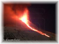 Eruzione Etna 09-02-2012 ...un'altra spettacolare eruzione del nostro vulcano...  - San giovanni la punta (2090 clic)