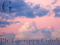 Riflesso del tramonto su alcune nuvole  - San giovanni la punta (1707 clic)