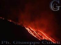 Eruzione del vulcano Etna attività effusiva  - San giovanni la punta (2418 clic)