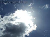 Il sole nascosto dalle nuvole  - Santa venerina (3818 clic)