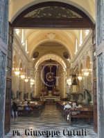 Interno della Chiesa Madre durante i festeggiamenti in onore del Santo Patrono San Giovanni Evangelista.  - San giovanni la punta (10373 clic)