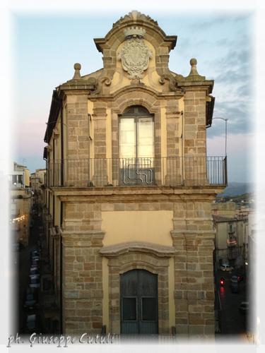 Caltagirone - CALTAGIRONE - inserita il 02-Jan-13