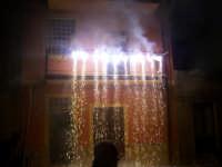 Piccolo spettacolo pirotecnico offerto da un fedele in onore al Patriarca  - Catenanuova (3856 clic)