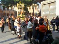 La processione continua nelle vie del centro cittadino trainata dei fedeli devoti  - Catenanuova (4699 clic)
