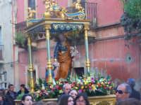 19-03-2009, Festeggiamenti in onore al Patriarca San Giuseppe, i fedeli portano in processione per le vie della città il Maestoso simulacro del Patriarca  - Catenanuova (5826 clic)