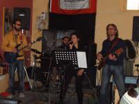 H24 concerto  al CENTRAL BAR DI GIANLUCA VALERIO in occasione del motoraduno del 25 febbraio 2007   - Licodia eubea (2568 clic)