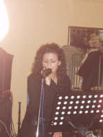 ANTONELLA  VOCE H24 concerto  al CENTRAL BAR DI GIANLUCA VALERIO in occasione del motoraduno del 25 febbraio 2007  - Licodia eubea (3501 clic)