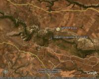 FOTO SATELLITARE PANORAMICA AMPIA PIU' VICINA IN DIREZIONE LAGHETTI AVOLA  - Cava grande del cassibile (12345 clic)