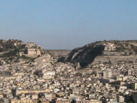 panoramica di scicli cava di S.Bartolomeo  SCICLI adriano aprile
