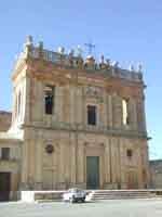 Chiesa di Sant'Agostino con Convento annesso in Piazza Padre Favara  - Naro (2244 clic)