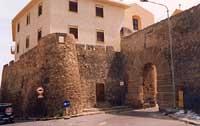 Porta di San Calogero e Mura di Vega  - Sciacca (5870 clic)