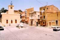 Piazza Umberto I con Torre dell'Orologio  - Siculiana (9745 clic)