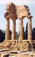Tempio dei Dioscuri - Castore e Polluce  - Valle dei templi (11362 clic)