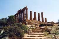 Tempio di Giunone o Hera Lacinia  - Valle dei templi (10351 clic)