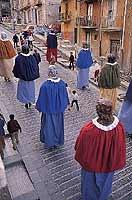 Pasqua a San Cataldo - sfilata dei Sanpaoloni  - San cataldo (17980 clic)