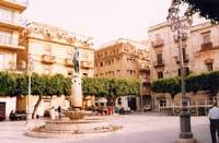 Piazza Umberto I  - Gela (8650 clic)