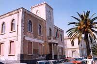Il Municipio di Aci Castello  - Aci castello (5855 clic)