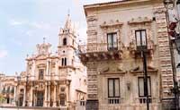 Chiesa dei SS. Pietro e Paolo   - Acireale (2802 clic)