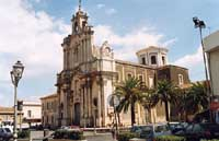 CHIESA MADRE E PIAZZA MAGGIORE  - Aci sant'antonio (13193 clic)