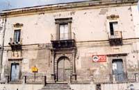 MUNICIPIO VECCHIO (MONTE DI PIETA' DEI NOBILI BIANCHI)  - Adrano (4632 clic)