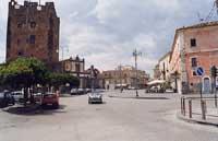 Il Castello Normanno e la piazza Umberto I  - Adrano (10823 clic)