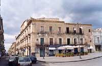 piazza umberto  - Adrano (6318 clic)