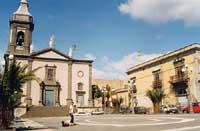 Piazza Duomo e Chiesa madre Collegiata  - Belpasso (9370 clic)