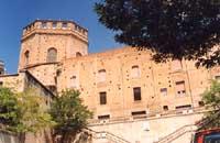Chiesa del SS.Salvatore (retro). Veduta da Piazza Gagini  - Caltagirone (4864 clic)