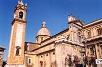 Duomo - intitolato a San Giuliano  - Caltagirone (7095 clic)
