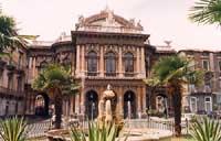 Teatro Bellini - I catanesi lo chiamano Teatro massimo  - Catania (3309 clic)
