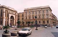 Palazzo delle finanze di fronte al Teatro Bellini.  - Catania (2908 clic)