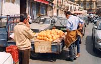 Venditore di arance  - Catania (3119 clic)