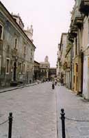 Via dei Crociferi  - Catania (2416 clic)
