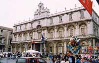 Il palazzo dell'Università (sede Centrale)  - Catania (2535 clic)