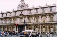 Il palazzo dell'Università (Sede Centrale)  - Catania (2469 clic)