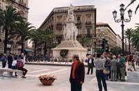 Piazza Stesicoro - monumento a Vincenzo Bellini  - Catania (2703 clic)