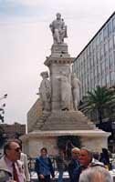 Piazza Stesicoro - monumento a Vincenzo Bellini  - Catania (3504 clic)