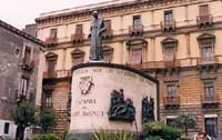 Monumento al Cardinale Dusmet in Piazza San FRancesco  - Catania (8507 clic)