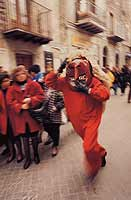 Abballu ri li riavuli a Prizzi - Domenica di Pasqua  - Prizzi (9020 clic)