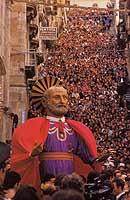 S.Pietro nella Giunta di Pasqua a Caltagirone  - Caltagirone (12265 clic)